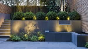 garden wall ideas 15 smart ways to get