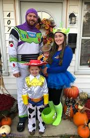 toy story family costume last minute