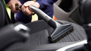 cleaning interior of car vacuum car