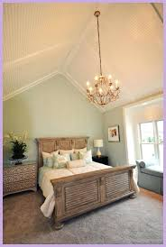 vaulted ceiling bedrooms half vaulted ceiling decorating ideas