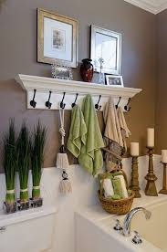 how to decorate a bathroom.