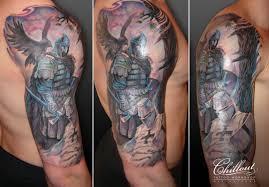 татуировки на плече Chillout Tattoo Workshop