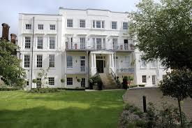 hampton court palace riverside bijou elegant apt terrace gardens parkin