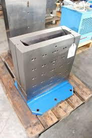 machining center pallet. pallet for machining center i_02736929