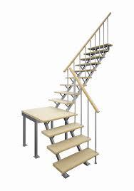 <b>Деревянные лестницы</b> из сосны в СПБ – каталог, цены, фото