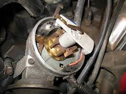 installing hei distributor jeep cj 7 amc 360 v8 motorcraft ignition module that i ve gone through when these fail they fail out warning if you have one of these it s wise to carry a spare