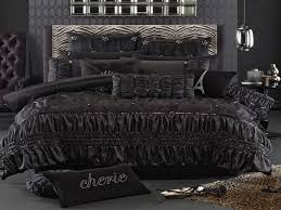 Glam Bedroom Set Unique Bedroom Soprano Black Luxurious Glam Bedding Set