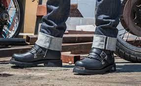 best motorcycle boots for cruisers