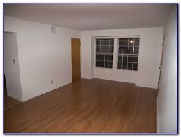 who makes project source laminate flooring flooring