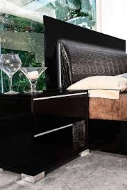 black lacquer bedroom furniture. medium size of bedroomscontemporary bedroom furniture modern leather ideas black lacquer crocodile