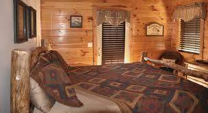 Log Cabin Bedroom Moose Hollow Great Branson Cabins Great Branson Cabins
