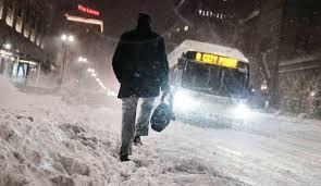 واشنطن - عاصفة ثلجية تضرب شرق البلاد وتقتل سبعة مواطنين