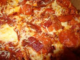 photo of round table pizza san lorenzo ca united states cri pepperoni