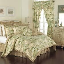 Bedroom: Terrific Target Quilts For Your Dream Bedroom Idea ... & Quilt Sets | Target Quilts | King Size Comforters Target Adamdwight.com