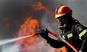 Αποτέλεσμα εικόνας για Εισαγωγή στις Πυροσβεστικές Σχολές μέσω Πανελλαδικών Εξετάσεων μόνο για τους υποψήφιους ΓΕΛ - Δε θα έχουν πρόσβαση στη Σχολή Πυροσβεστών οι υποψήφιοι ΕΠΑΛ