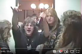 VIDEO: Old footage of rocking Surrey house party goes viral 30 years later  – Aldergrove Star