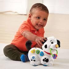 Gợi ý 10 món đồ chơi hấp dẫn và kích thích sự phát triển toàn diện dành cho  bé 0-2 tuổi