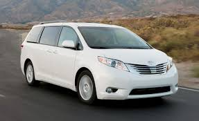 Toyota Sienna Reviews | Toyota Sienna Price, Photos, and Specs ...