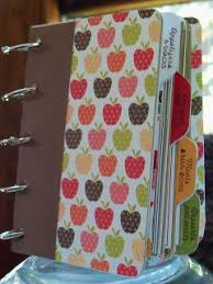 make your own cookbook sbook great way to display all of those great recipes we find