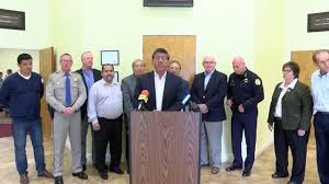 community leaders hold immigration round table