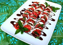 How To Decorate Salad Tray Caprese Salad Recipe Oh My Creative 45