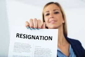 How To Write A Formal Resignation Letter: 3 Things You Must Include ...