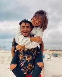 """من هي البلوجر المصرية """"هبة مبروك"""" التي أعلنت زفافها علي """"كلب"""".. وتواجه تهمة  ازدراء الأديان"""