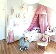 Little Girl Canopy Bed For Girls Room Beautiful Pink In This Bedroom ...