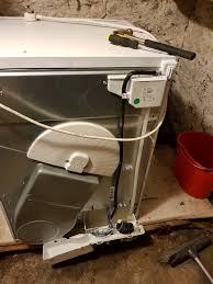 Hotpoint Condenser Tumble Dryer Empty Water Light On I Have An Indesit Idc8t3 Condenser Dryer And The Empty Water