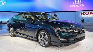 2018 honda electric car. simple car 2018 honda clarity plugin hybrid gets bestinclass electric range from  epa  autoblog with honda car