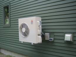 Mitsubishi Ductless Heat Pump Heating Up Hill House