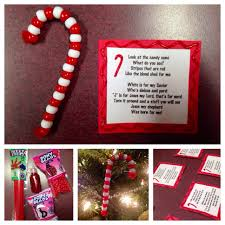 Great Sunday School craft! Candy cane ornaments made from pony beads and  pipe cleaners &