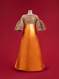 Fit For a Queen: Her Majesty Queen Sirikit's <b>Wardrobe</b> Created by ...