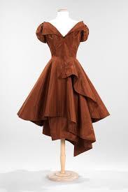 dress for success essay a sample business casual dress code tips  charles james essay heilbrunn timeline of art evening dress