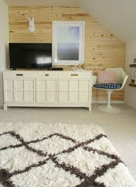 beautiful neutral pet proof wall to wall carpeting