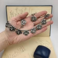 the elegance of vine jewelry