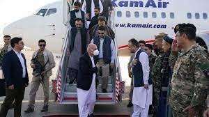 أفغانستان: الرئيس أشرف غني في مزار شريف غداة سقوط فايز آباد بيد طالبان