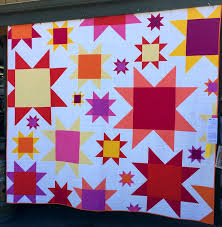 Sisters OR Outdoor Quilt Show » First Light Designs & Slaphappy in Sisters (97″ x 104″) by Sharon DeBoer of Bend OR Adamdwight.com