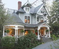 1899 Wright Inn and Carriage House in Asheville North Carolina
