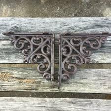 ornate cast iron shelf brackets
