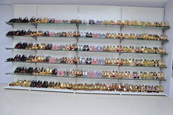 Footwear Display Stands Display Counters Bag Display Racks Manufacturer from Bengaluru 11