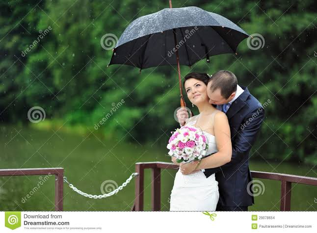 happy rainy day couple