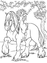 Disegno Di Merida Ribelle The Brave A Cavallo Da Colorare