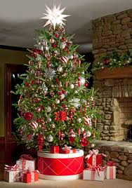 Cute-Christmas-tree-in-drum-stand