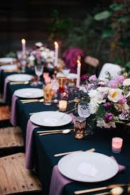 Blue and purple table setting - Trendir