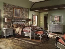 rustic wood bedroom furniture advantages