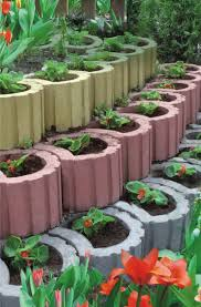Pflanzsteine setzen und bepflanzen -Gartengestaltung Ideen, Tipps