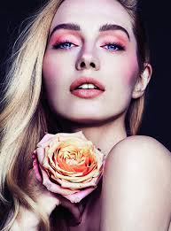 rae morris makeup. hair + make up: rae morris. editor: sigourney cantelo. magazine: vogue morris makeup