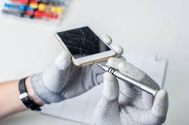 a ed phone screen is not a diy phone repair project