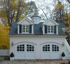 Get an amazing garage  Carriage Style ...